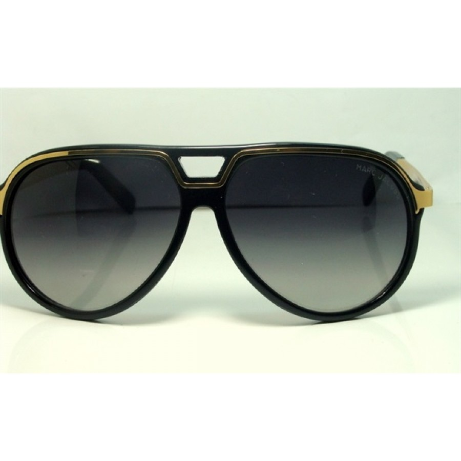 Marc Jacobs Golden Black