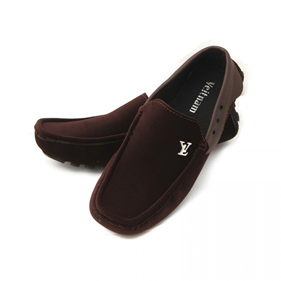 1 Pair of Oblique LV Loafers