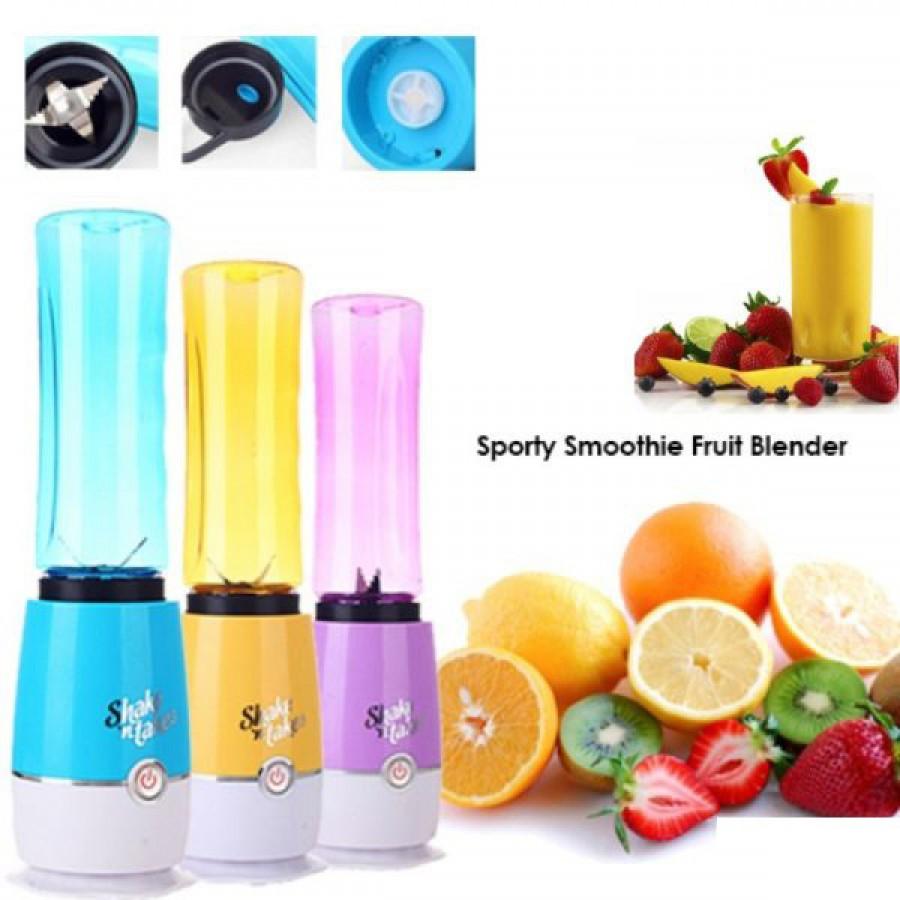 Shake It Sporty Fruit Juicer
