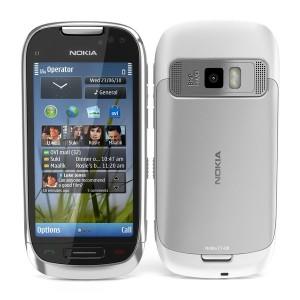 Nokia C7 (Price 4999)